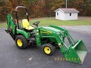 2008 John Deere 2305 Tractor 4WD w/ Loader and Backhoe