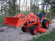 = $2, 750 US = 2004 Kubota 4WD B7610 Tractor Loader,  Mower,  Box Blade