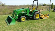 2001 John Deere 4300 4WD 430 Loader and Brush Hog