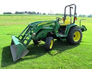 2010 John Deere 3520 Tractor w/ 300CX Loader